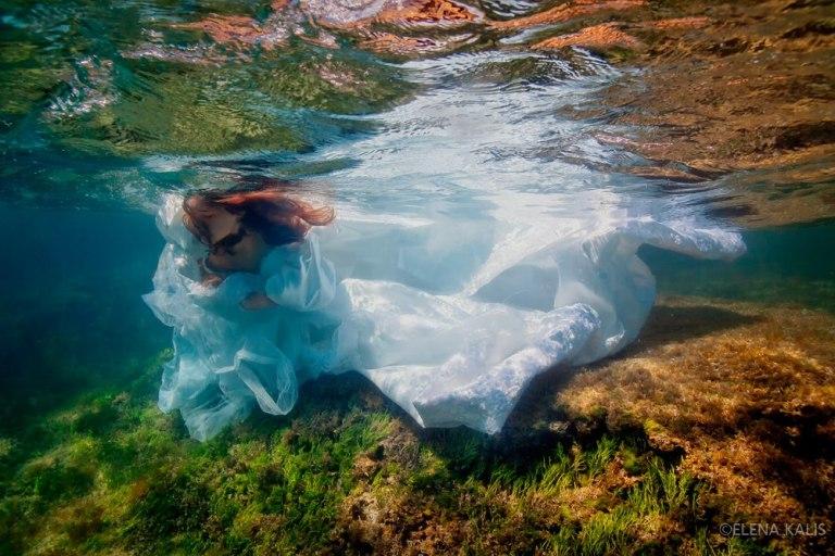 Underwater Elena Kalis Nadia Audigie Photography (7)